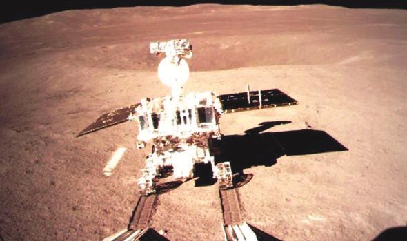 'डार्क मून मिशन', अंतराळयुद्ध, बॉब वॉकर, राष्ट्राध्यक्ष डोनाल्ड ट्रम्प, लष्करी कारवाया, ww3, चीन, मायकल पिल्सबरी