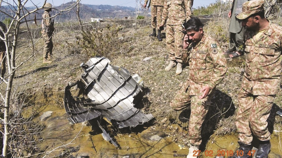 Indian defence forces expose Pakistan's lies; show evidence of crashed F-16