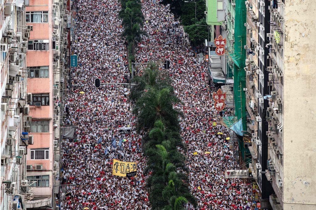 हाँगकाँगच्या जनतेचा चीनच्या विरोधात 'अखेरचा संघर्ष'