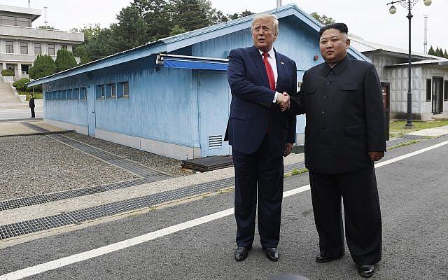 राष्ट्राध्यक्ष ट्रम्प की उत्तर कोरिया को ऐतिहासिक भेंट – इसके साथ ही अमरिका-उत्तर कोरिया परमाणु समझौते की बातचीत दुबारा शुरू होगी