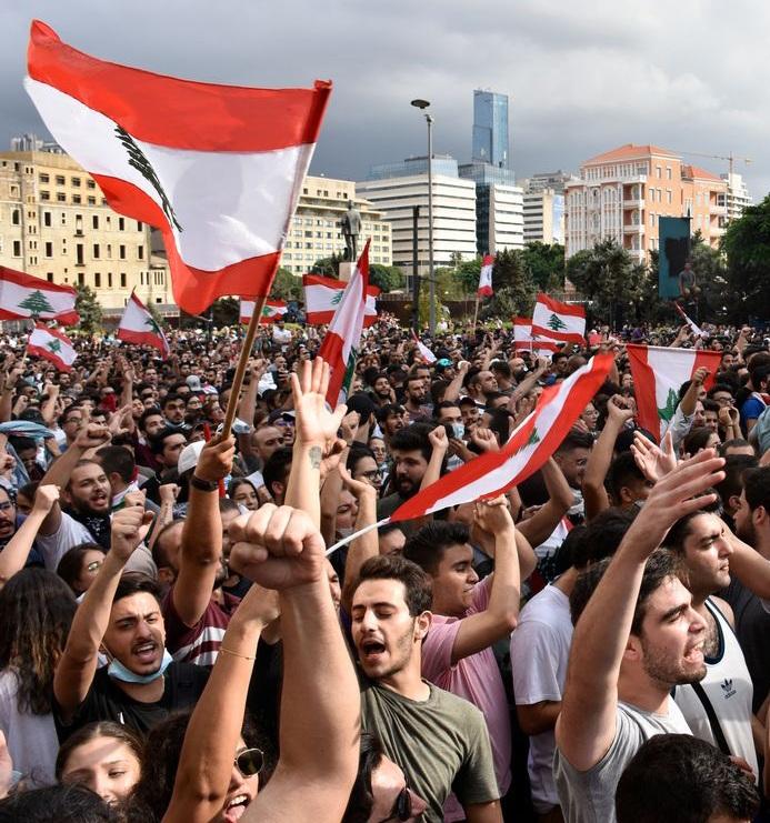 प्रधानमंत्री हरिरी के इस्तिफे के बाद लेबनान अराजकता की दिशा में जा रहा है– लेबनान के सियासी विश्लेषक की चिंता