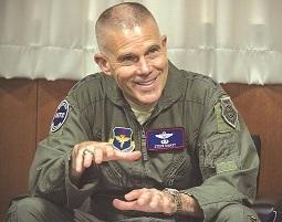 'स्पेस फोर्स', प्रयोग, स्टिव्हन वॅस्ट, वायुसेना, अंतरिक्ष में युद्ध, अमरिका
