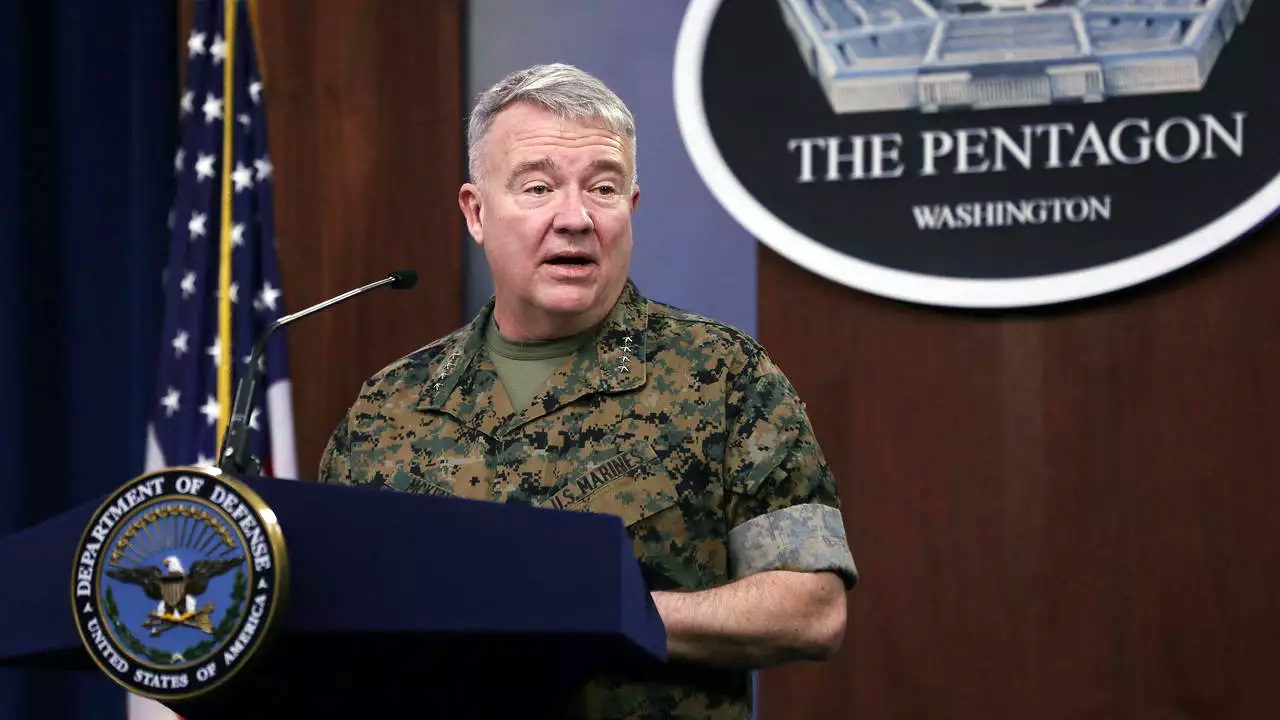 अमरीका ईरान के हमले को प्रत्युत्तर देने के लिए तैयार – अमरीका के 'सेंटकॉम' के प्रमुख जनरल मॅकेन्झी