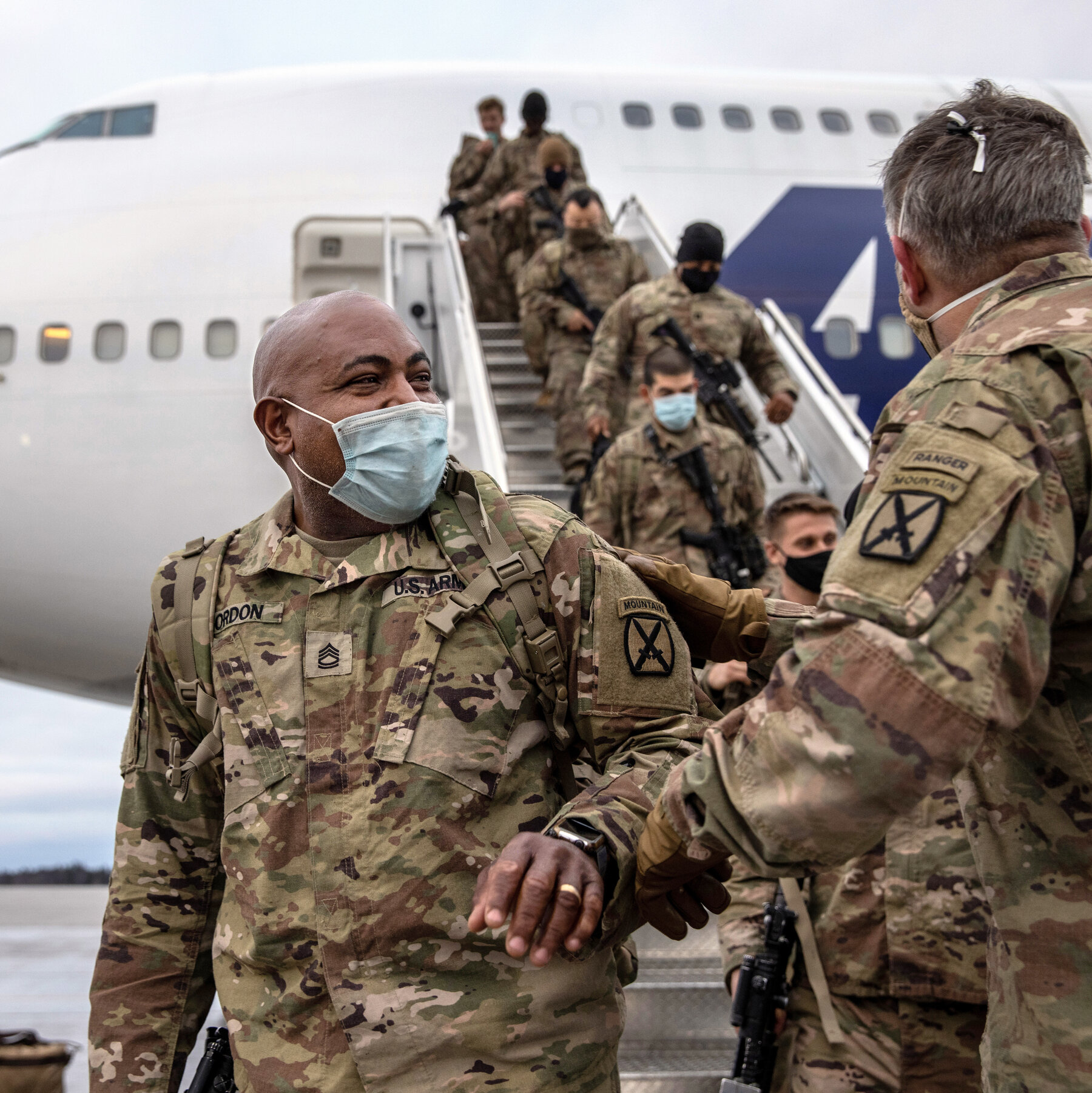 US President announces troop withdrawal from Afghanistan, claiming completion of the objective.