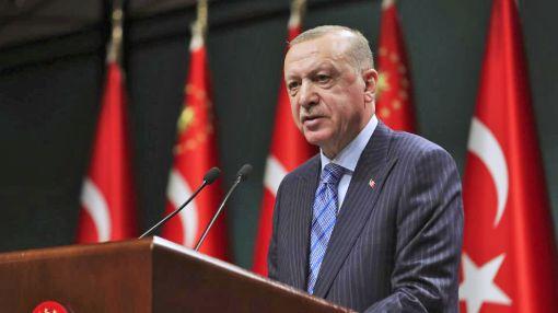 Greece warns of retaliatory sanctions against Turkish incitement