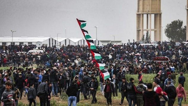 Tense calm surrounds Israel